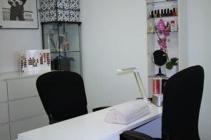 Studio Malako käsihoito